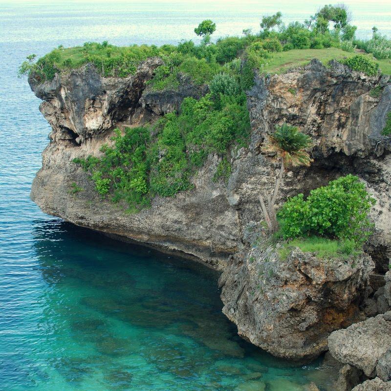 cliffs bali balangan beach