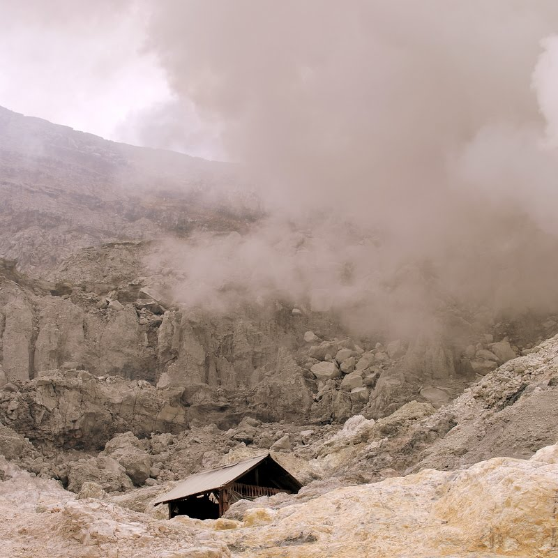 miners hut volcano crater Ijen, Java