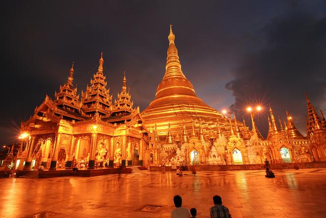 shwedagon pagoda temple night myanmar burma yangon rangoon gold