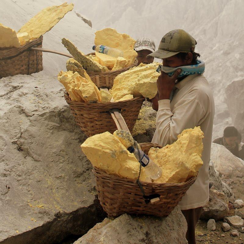 sulphur volcano miner, job from hell