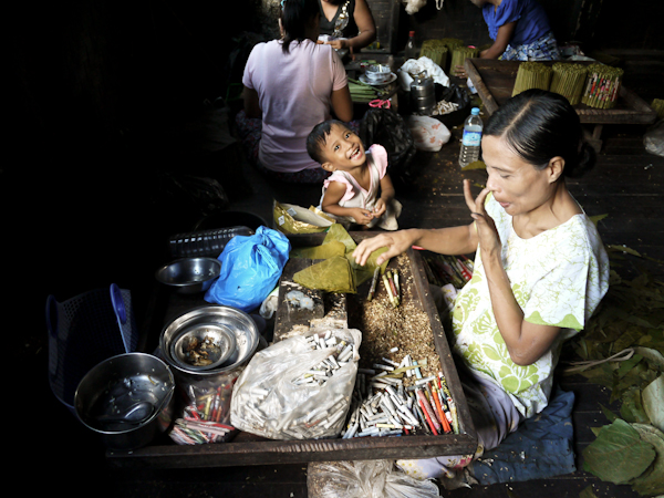 Child Labour, Myanmar? No. Just a happy kid!
