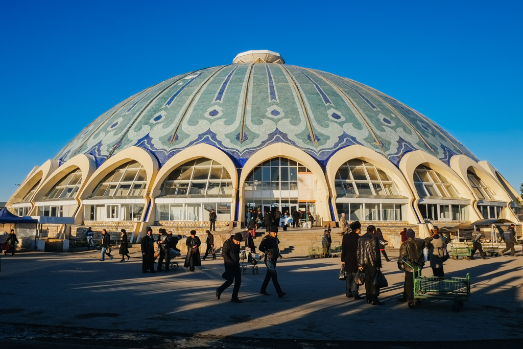 tashkent bazaar from Almaty