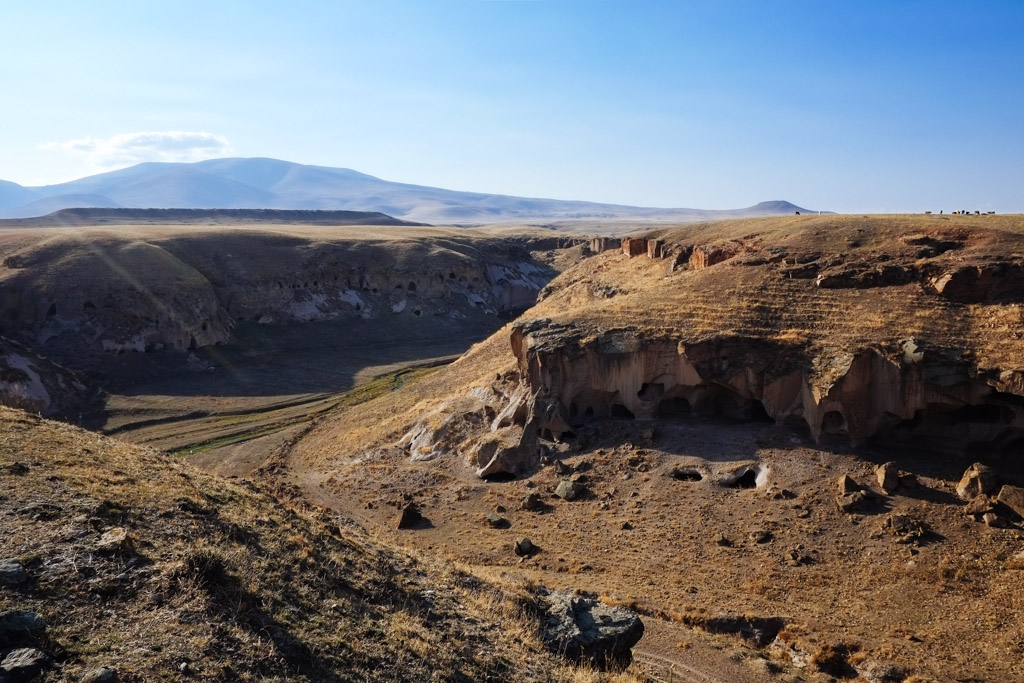 abandoned city of Ani - caves