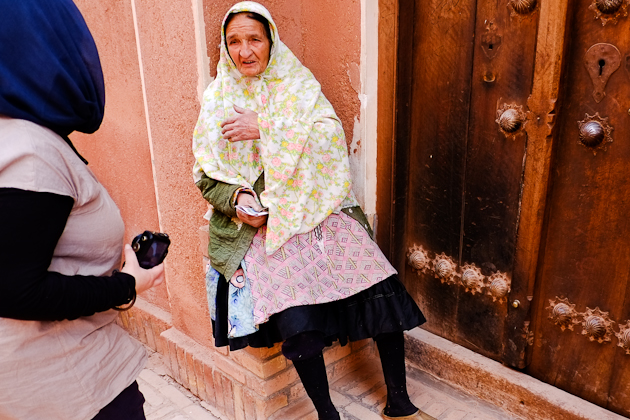 Abyaneh Iran - Phillipa chats to a local lady