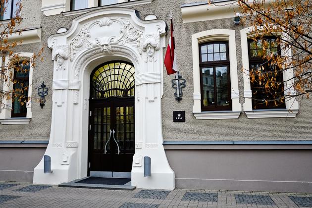 Riga - Art Nouveau entrance portal