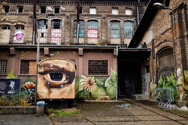 Berlin street art tourist attraction