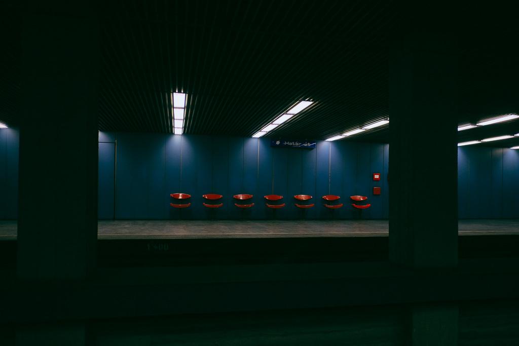 budapest m3 metro subway station