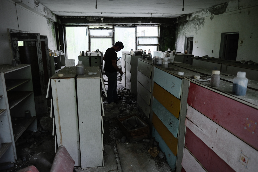 chernobyl testing lab