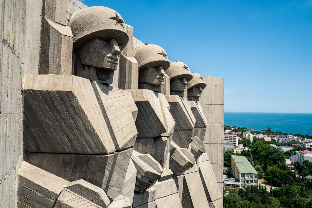 communist monument varna bulgaria