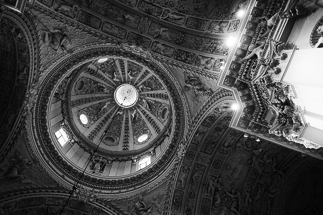 Spectacular central dome. St Peter and St Pauls Church, Vilnius.