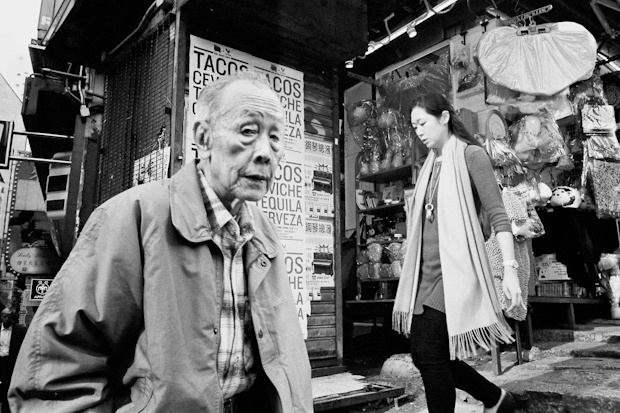 Street Photography Tips - Capture Old Man Taco