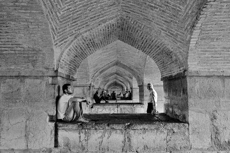 iran street photography - Esfahan bridges