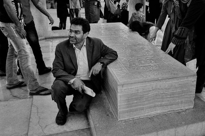 Visitor at the tomb of Hafez, Shiraz, Iran