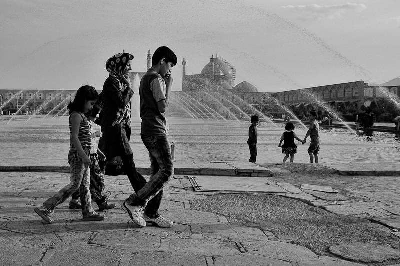 iran street photography - Esfahan