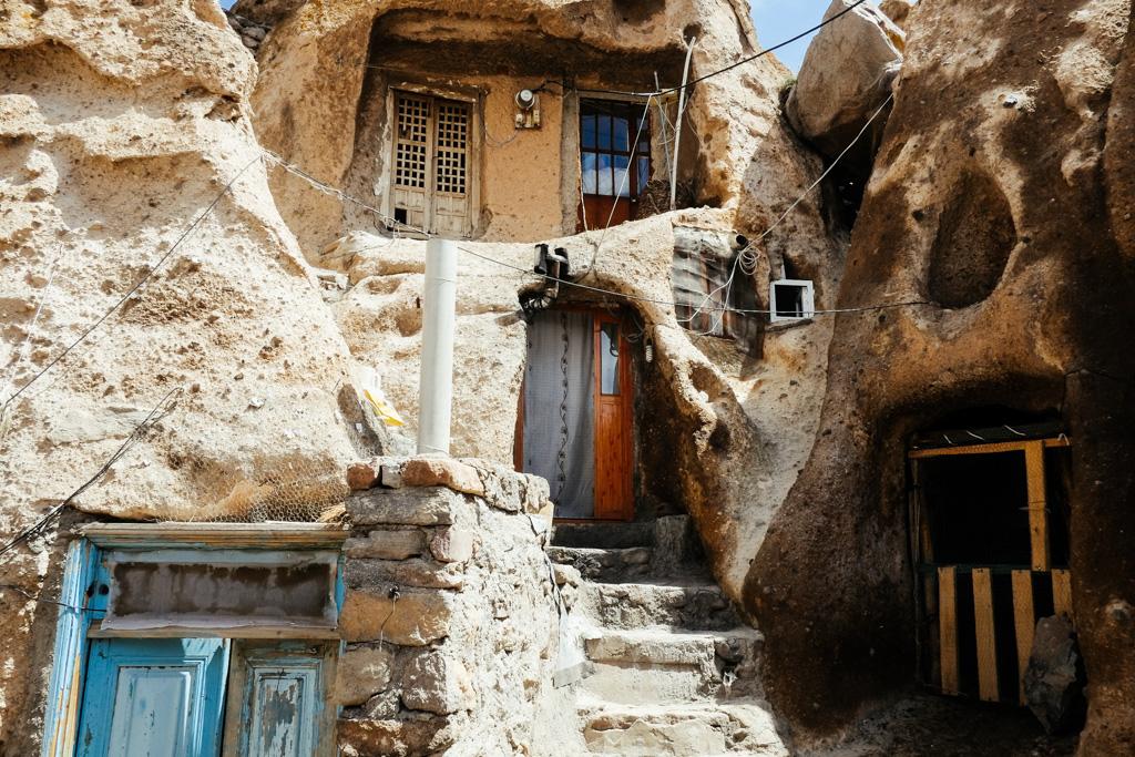 kandovan iran cave houses