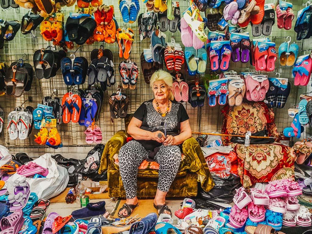 kiev market lady