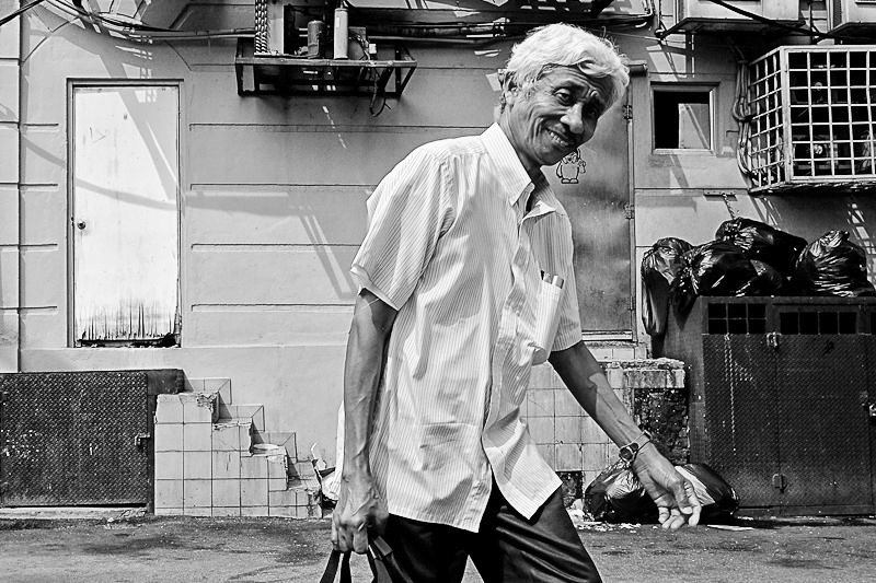 kuala lumpur street photography - Mr Happy