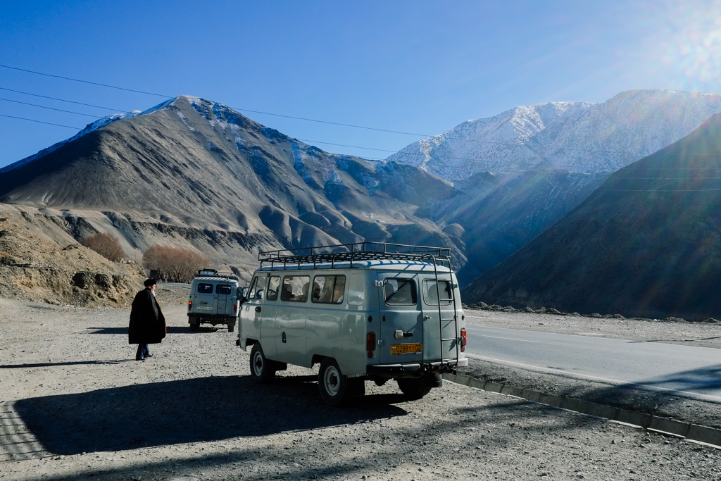 road from Khujand to Dushanbe