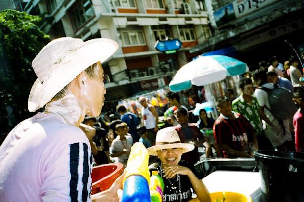 Songkran water fighting