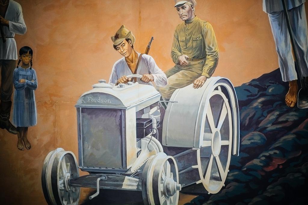 soviet tractor ussr mural