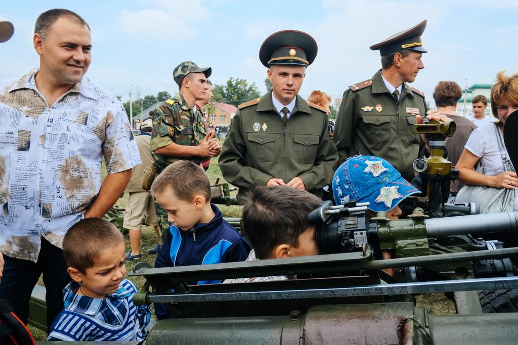 Kids, soldiers, heavy ammunition. Tiraspol, Transnistria.